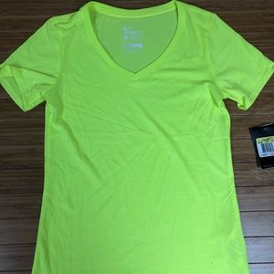 Women's Nike Dri Fit Tee sz S